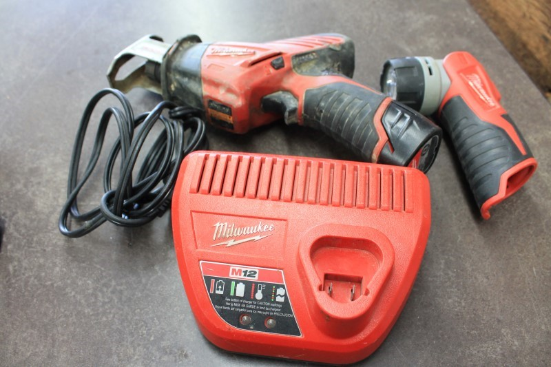 MILWAUKEE 2420-20 HACK SAW