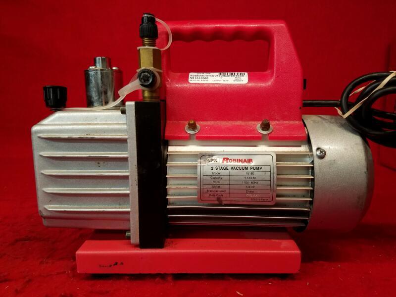 Robinair (15150) VacuMaster Economy Vacuum Pump - 2-Stage, 1.5 CFM