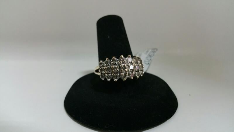 DIAMOND Lady's Diamond Cluster Ring 21 Diamonds .21 Carat T.W. 14K Yellow Gold