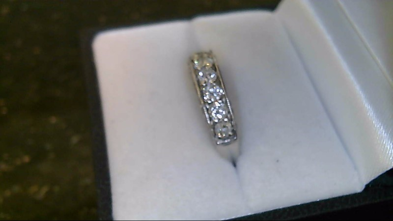 lady's 14k white gold round diamond antique band