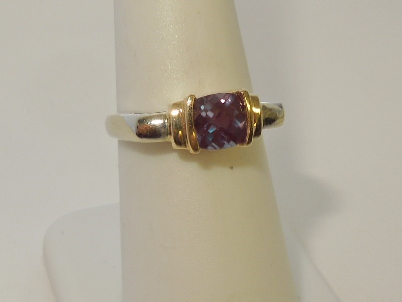 Synthetic Alexandrite Lady's Stone Ring 14K 2 Tone Gold 4.6g