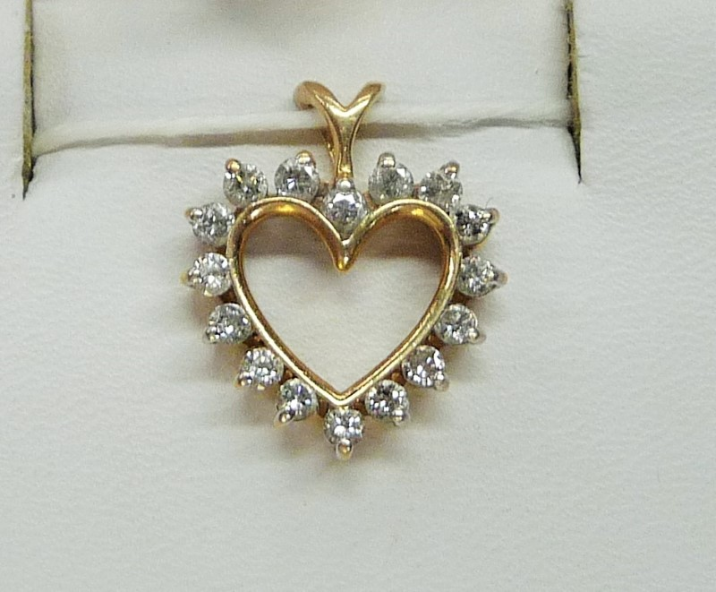 Gold-Multi-Diamond Pendant 16 Diamonds .48 Carat T.W. 14K Yellow Gold 3.54dwt