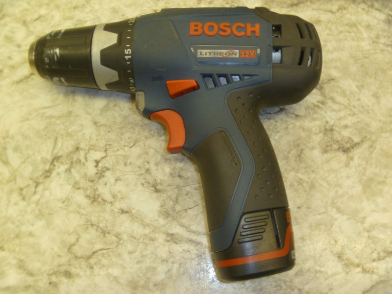 BOSCH CORDLESS DRILL PS30