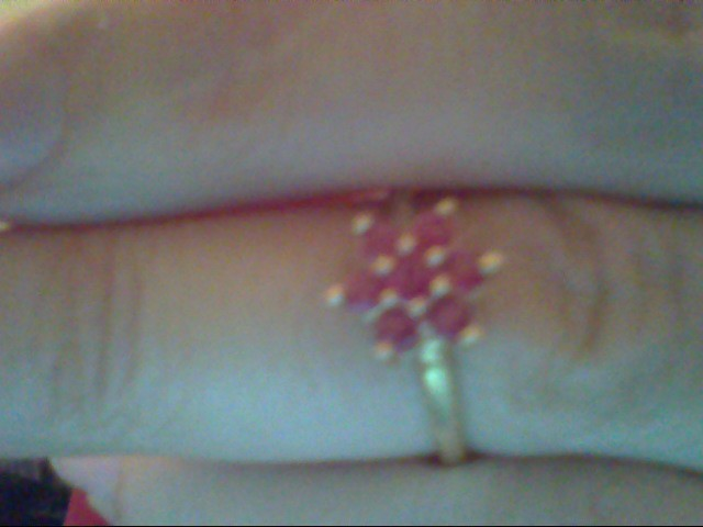 Synthetic Ruby Lady's Stone Ring 10K Yellow Gold 1.3g