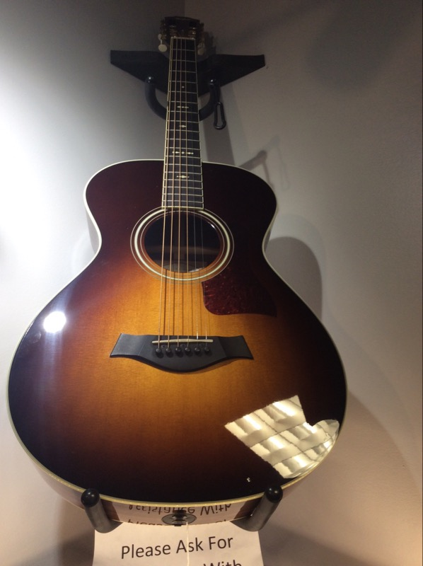 TAYLOR GUITARS Electric-Acoustic Guitar 712E 12-FRET