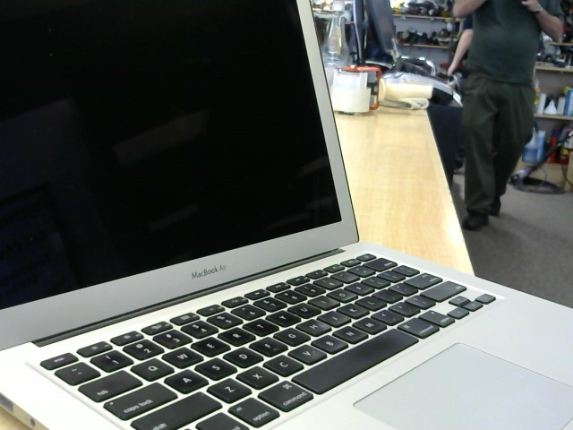 APPLE PC Laptop/Netbook MACBOOK AIR A1369