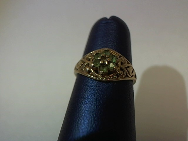 Green Stone Lady's Stone & Diamond Ring .005 CT. 10K Yellow Gold 1.4g Size:4.5