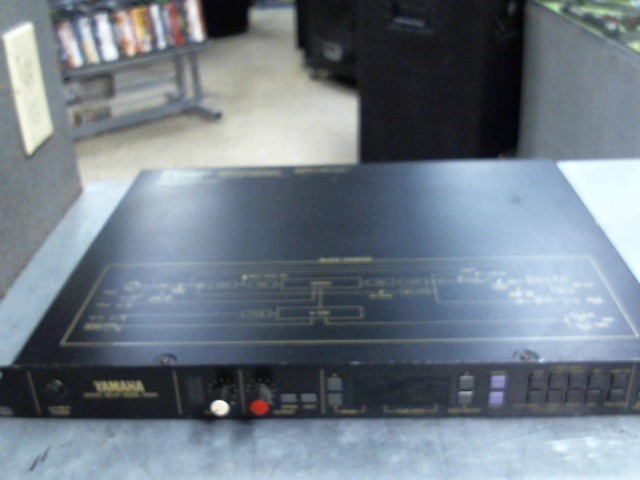 YAMAHA Effect Equipment D1500