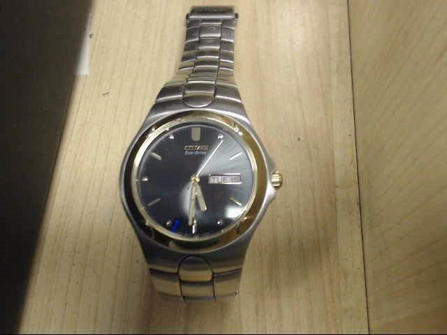 CITIZEN Gent's Wristwatch E100