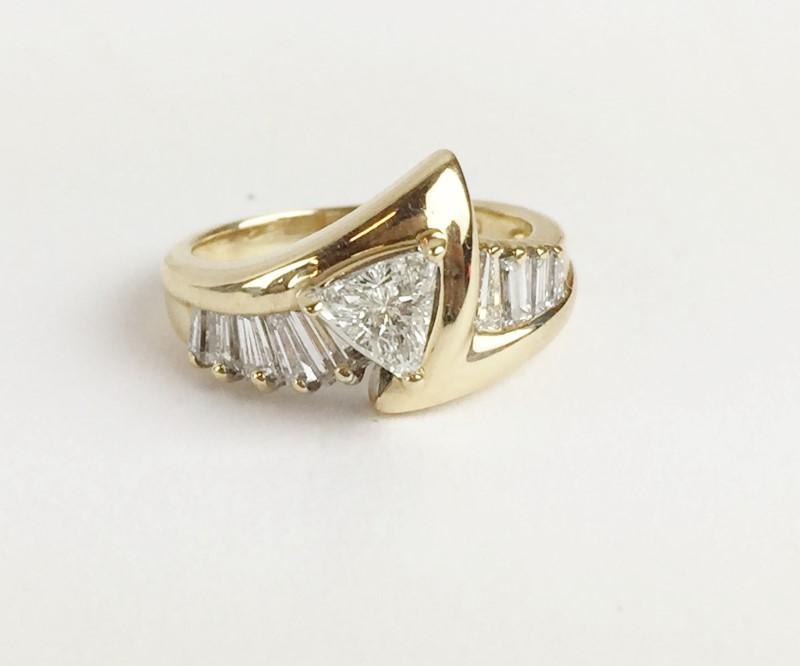 Diamonds .92 CTW 14K YG .42CT TRILLION