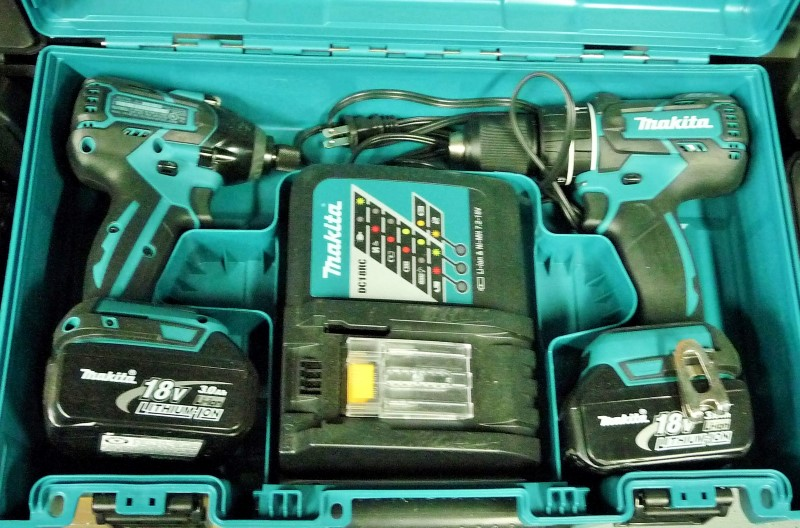 MAKITA Cordless Drill XT 248