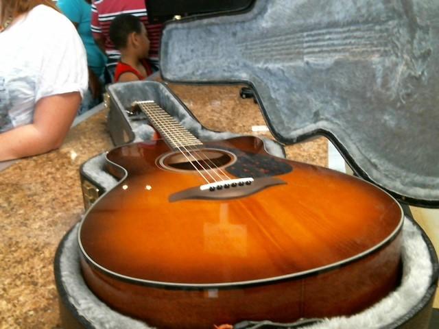 YAMAHA Electric-Acoustic Guitar FSX700SC