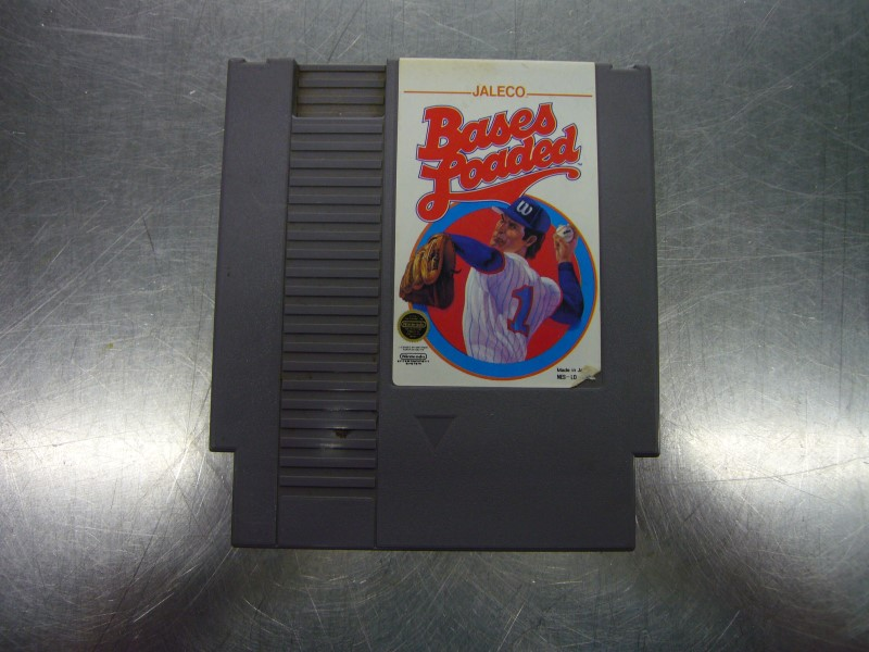 NINTENDO NES Game BASES LOADED *CARTRIDGE ONLY*
