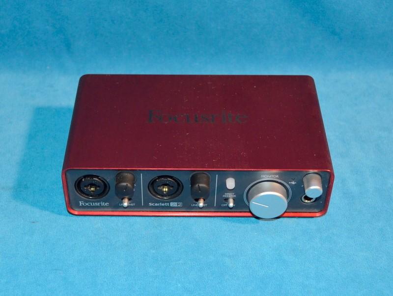 FOCUSRITE USB Computer Recording Interface SCARLETT 2i2
