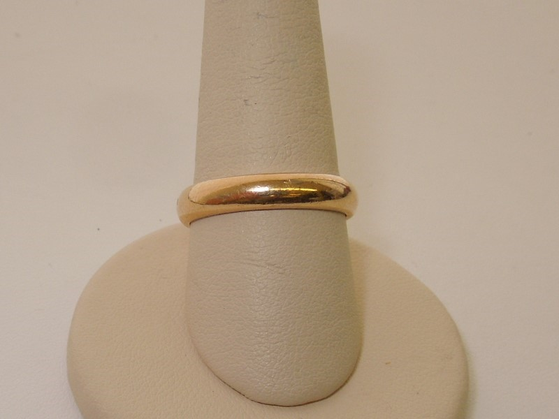 Gent's Gold Wedding Band 14K Yellow Gold 5.2g Size:9