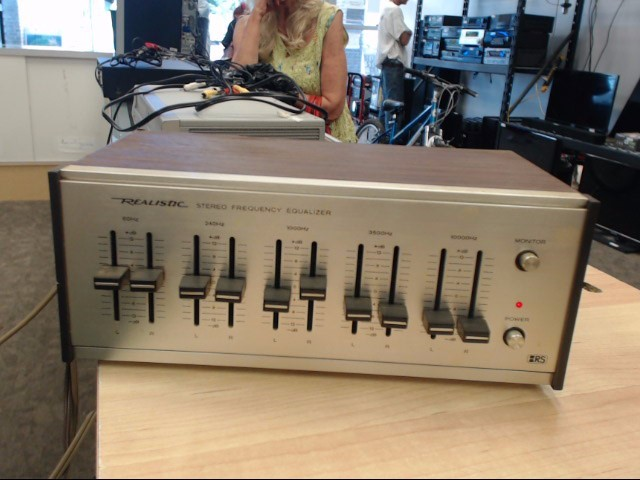 REALISTIC Equalizer 31-1987