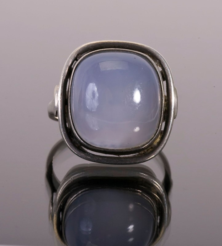 Moonstone Lady's Silver & Stone Ring 925 Silver 2g