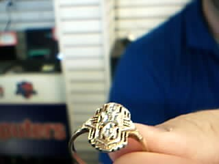 Lady's Gold Ring 10K Yellow Gold 2.82g