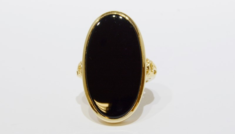14K Yellow Gold Vintage Inspired Large Flush Bezel Set Black Onyx Coctail Ring