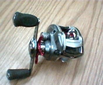 MEGAFORCE PLUS Fishing Reel TWITCHIN