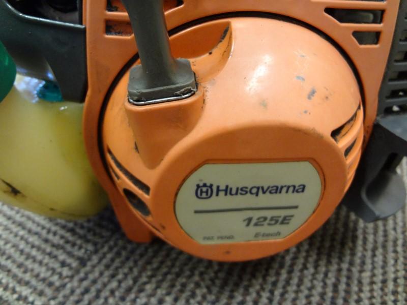 HUSQVARNA 125E 28CC CURVED SHAFT EDGER