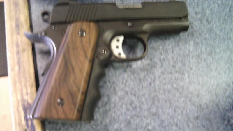 AMERICAN TACTICAL Pistol TITAN