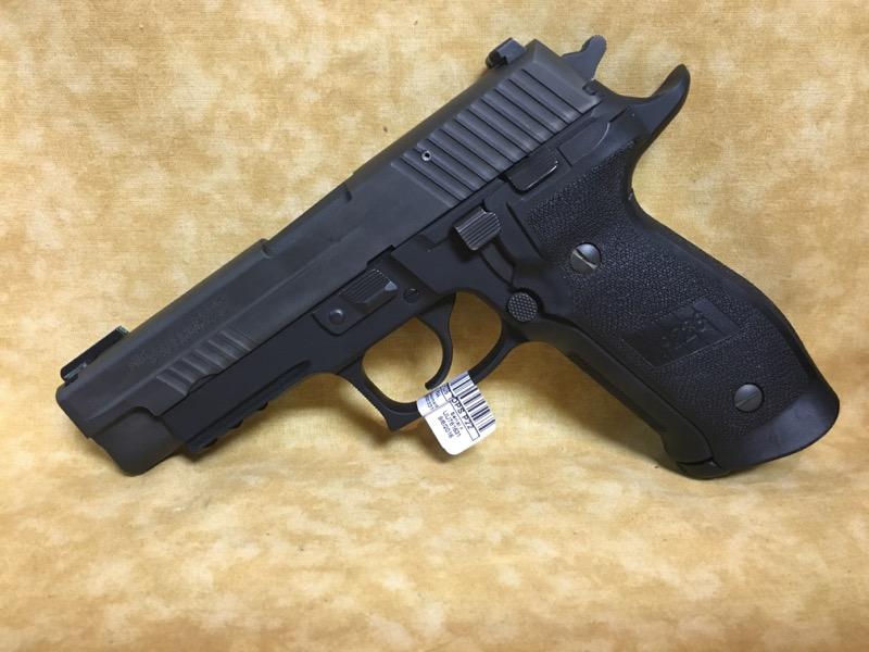 SIG SAUER Pistol P226 TACOPS P226 TACOPS
