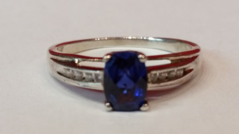 Sapphire CZ Lady's Silver Ring 925 Silver 2.4g Size:8.5