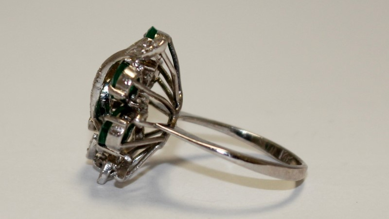Emerald Lady's Stone & Diamond Ring 27 Diamonds .27 Carat T.W. 14K White Gold