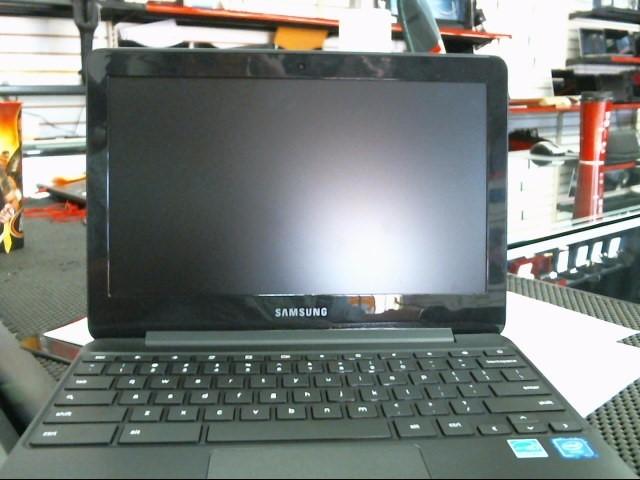 SAMSUNG Laptop/Netbook XE500C12-K01US