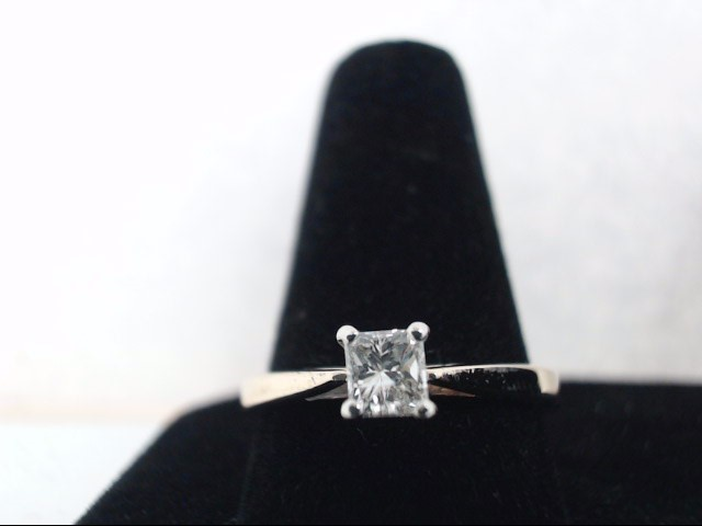 Lady's Diamond Solitaire Ring .43 CT. 10K Yellow Gold 2g