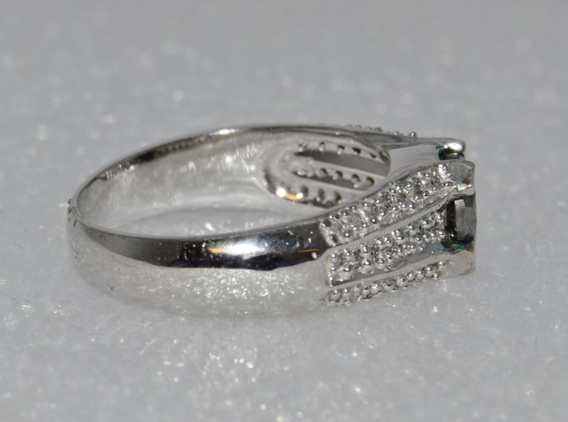 14K White Gold Cathedral Set Treated Black Diamond Wide Band Ring sz 7