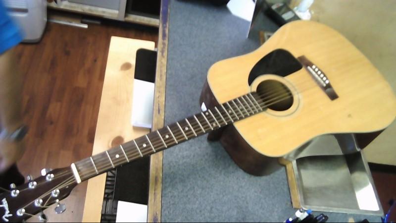 FENDER Acoustic Guitar DG-60