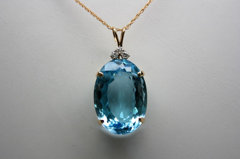 FASHION STYLE DIAMOND & BLUE TOPAZ PENDANT 14K YELLOW GOLD