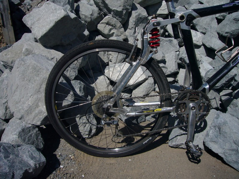 GT BIKES Mountain Bicycle STS2
