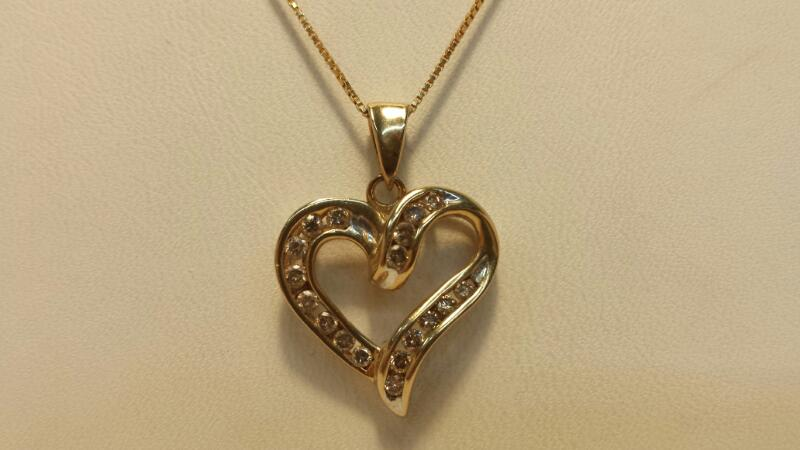 10k Yellow Gold Box Chain & Heart Pendant with 18 Diamonds at .36ctw 2.4dwt 17""