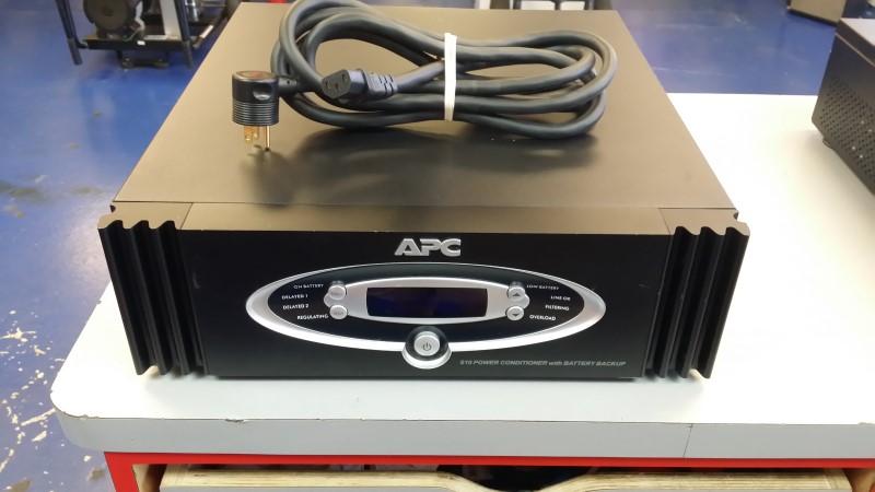 APC AV S10BLK Battery Backup 1000 VA