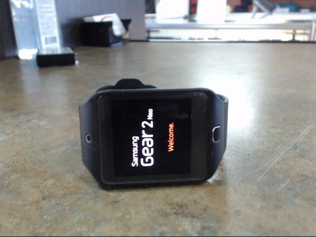 SAMSUNG Gent's Wristwatch GEAR 2