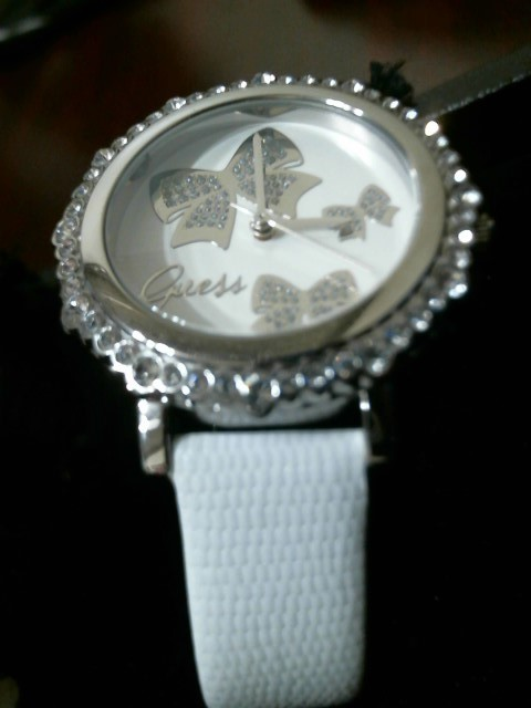 GUESS Lady's Wristwatch U0302L1