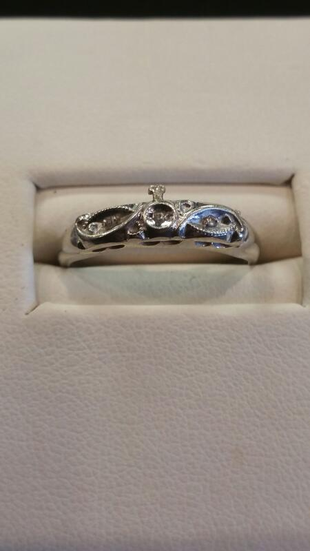 Lady's Gold Wedding Band 10K White Gold 2.5dwt