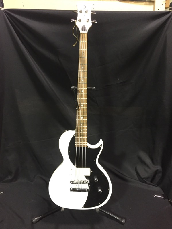 LUNA GUITARS Bass Guitar NEO w/ factory hard case