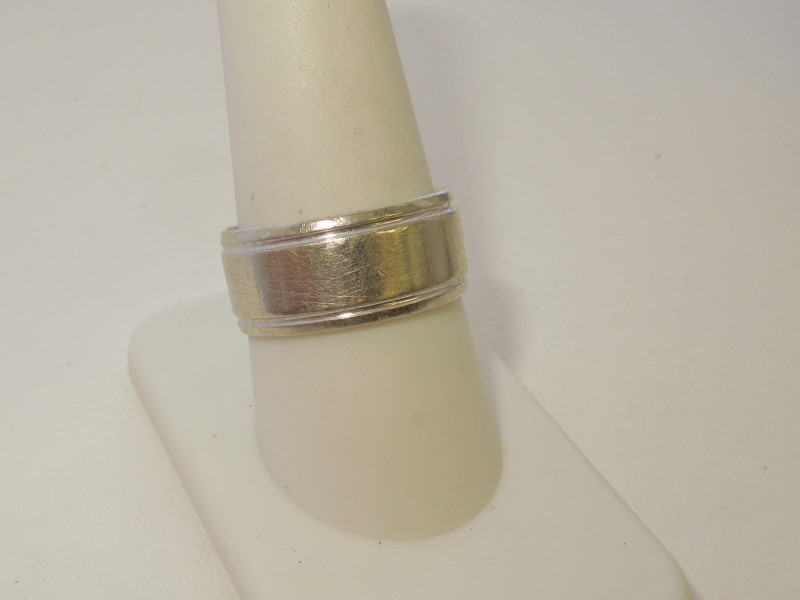 Gent's Gold Wedding Band 10K White Gold 7.9g Size:9.5