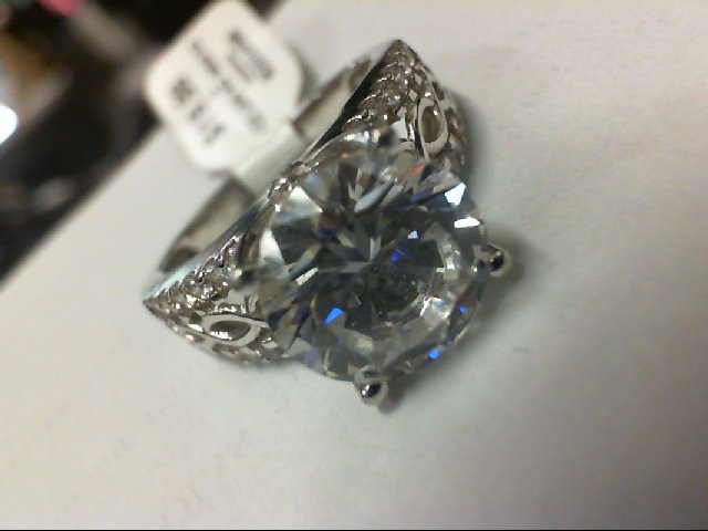 Synthetic Cubic Zirconia Lady's Silver & Stone Ring 925 Silver 5g