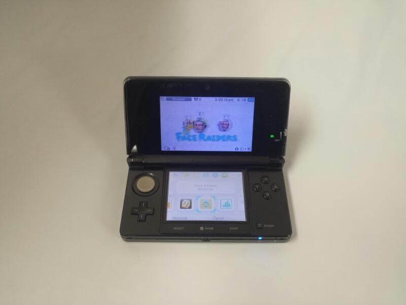 Nintendo 3DS HANDHELD GAME CONSOLE Black