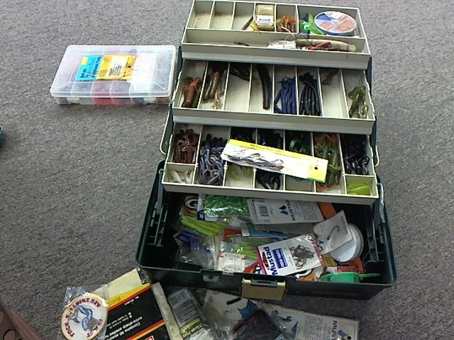 Fishing Tackle TACKLE BOX W TACKLE