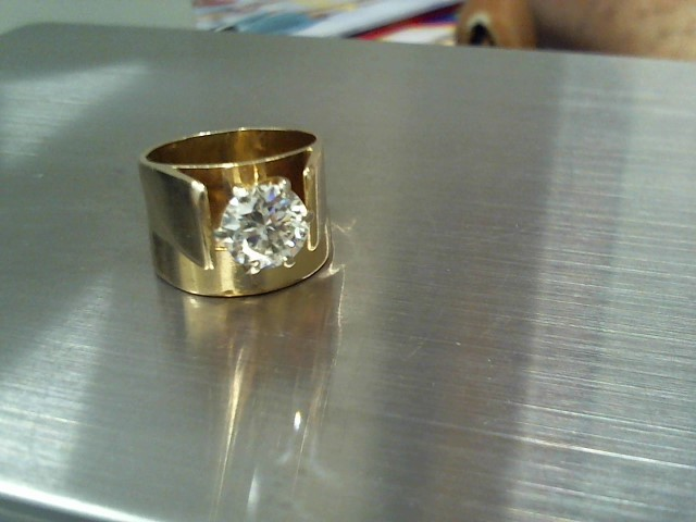 Lady's Diamond Solitaire Ring 1.95 CT. 14K Yellow Gold 13.1g