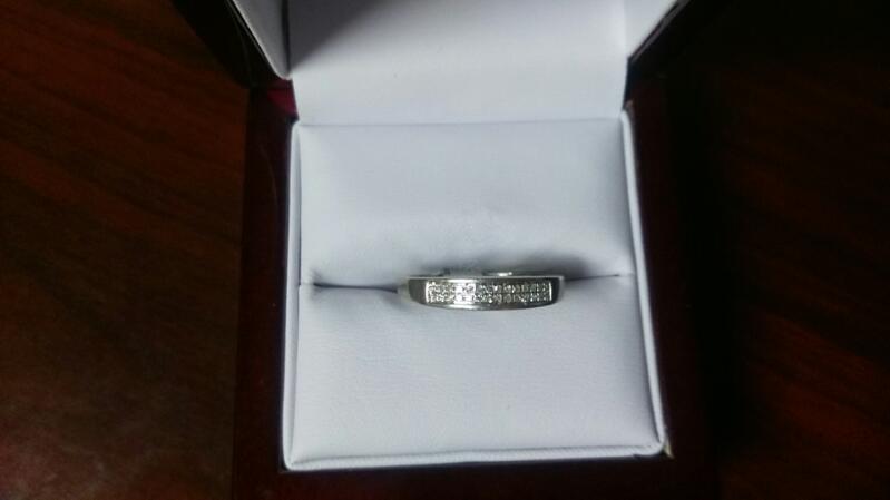 Lady's Diamond Wedding Band 38 Diamonds .38 Carat T.W. 10K White Gold 1.6g