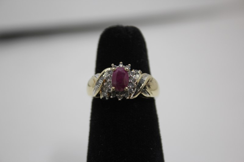 Ruby Lady's Stone & Diamond Ring 22 Diamonds .22 Carat T.W. 14K Yellow Gold