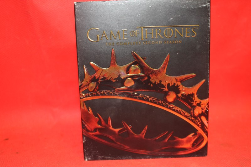 Game of Thrones The Complete Second Season 2 (Blu-ray/DVD/Digital, 5-Disc Set)