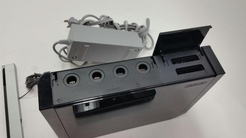 Nintendo Wii CONSOLE RVL-001